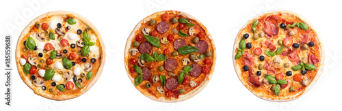 Photo sur Aluminium Pizzeria Italian pizza with mozzarella