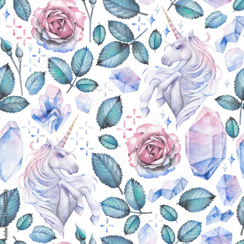 watercolor-design-with-unicorn-and-rose-vignette