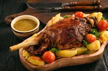 Slow Baked Lamb Leg With Potat...