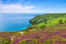 Küste Am Cap De La Chevre In ...