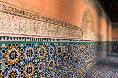 Poster Maroc colorful tile wall in Ben Youssef Madrasa