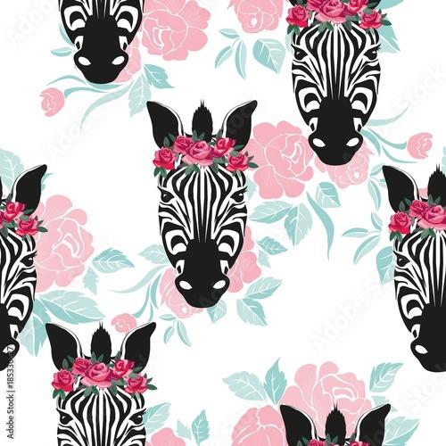 nakreslenie-bezszwowy-wzor-z-dzikiego-zwierzecia-zebry-drukiem-sylwetka-na-bialym