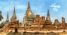 Old Buddhist Temple Wat Mahath...