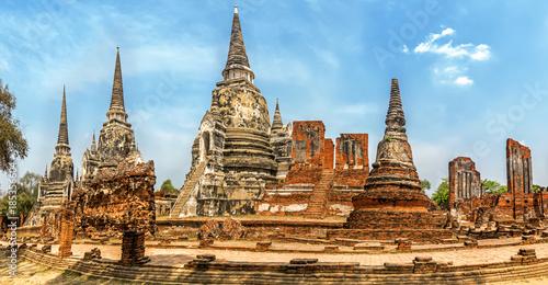Old Buddhist Temple Wat Mahathat Ayutthaya Historical Park, Ayutthaya, Thailand Canvas Print