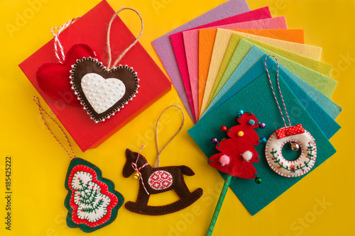 Easy Christmas Craft For Adult Or Kids To Make Felt Heart Rocking