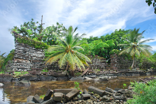 Fényképezés  Nan Madol - archaeological site on the island of Pohnpei,  Federated States of M