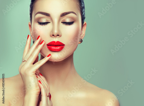 Poster - Beautiful fashion sexy woman with red lipstick and red nails