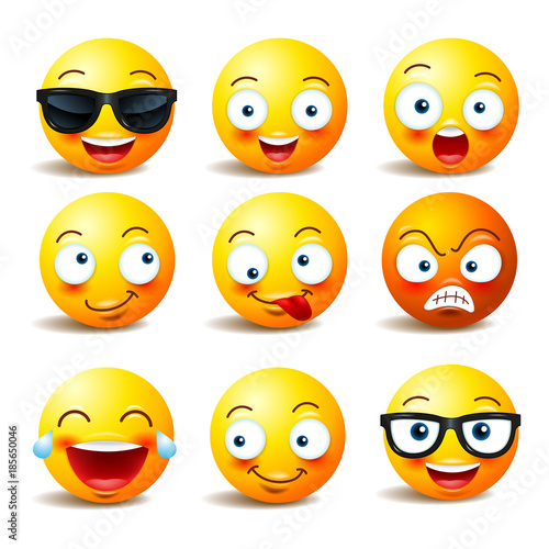 Photo  Set of vector emoticons , emoji isolated , yellow face