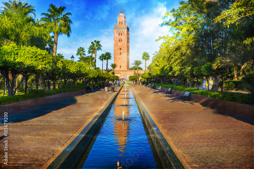 Photo Stands Morocco Koutoubia Mosque minaret at medina quarter of Marrakesh, Morocco