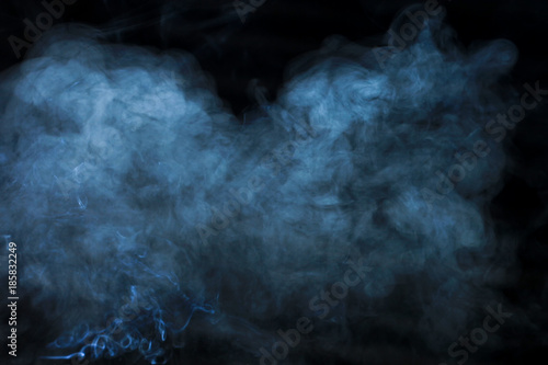 tekstura-dym-na-czarnym-tle