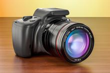 Digital Single-lens Reflex Cam...