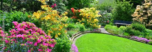 Garten im Mai Panorama