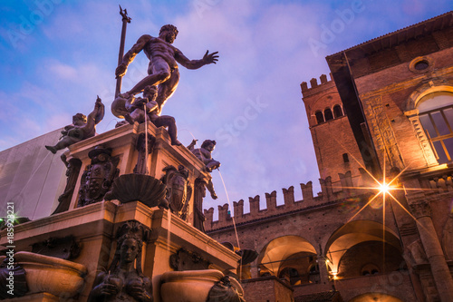 Stampa su Tela Fountain of Neptune in Bologna, Italy