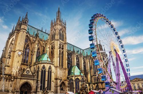 Cadres-photo bureau Lieu d Europe Ville de Metz - Cathédrale avec Marché de Noël et grande Roue