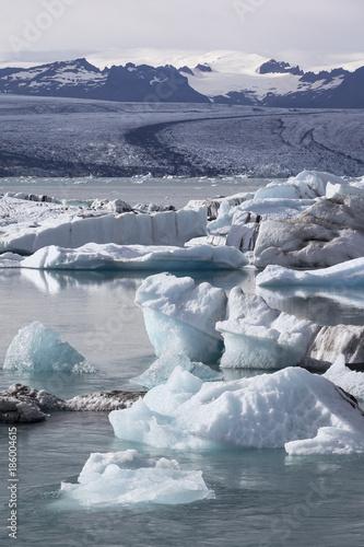 Foto op Aluminium Arctica View of the famous glacier lagoon Jokulsarlon, Iceland