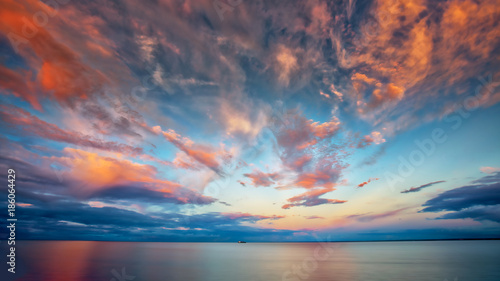 Fototapeten See sonnenuntergang Beautiful Sunset at Lake Superior with Boat
