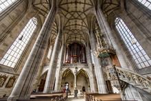 Innenansicht Des Münsters St. Georg In Dinkelsbühl