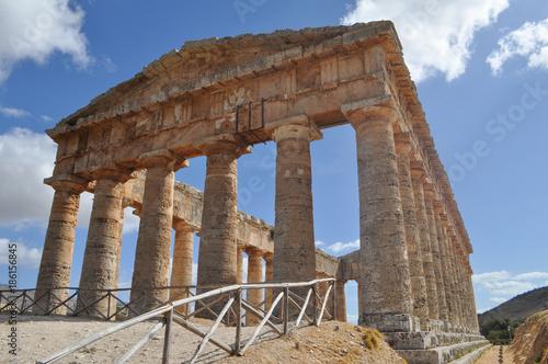 Obraz na plátně Doric temple in Segesta