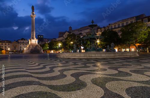 Fotografie, Obraz  Rossio Platz im Zentrum von Lissabon