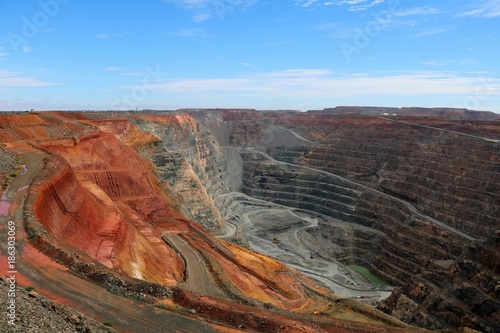 Fotografia, Obraz  View into the interior of the Gold mine Super Pit, Western Australia