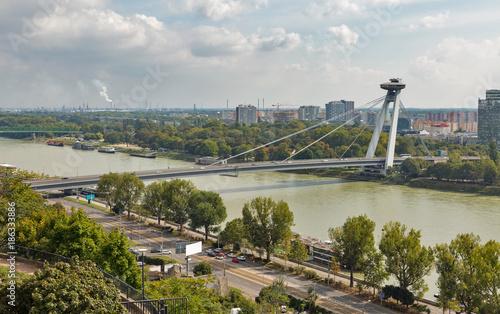 Türaufkleber UFO UFO Bridge or Novy Most in Bratislava, Slovakia.