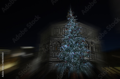 Christmas In Florence Italy.Christmas In Florence Christmas Tree In Piazza Del Duomo In