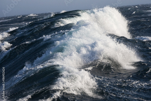 Deurstickers Poolcirkel Rough Sea - Arctic Ocean