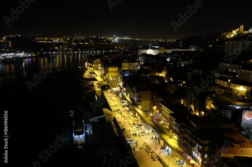 Fototapeta historic center of Porto at night obraz na płótnie