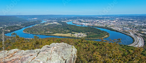 Overlook View Of Moccasin Bend, The Tennessee River And The City Of Chattanooga Fototapet