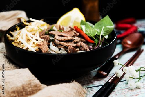 Cuadros en Lienzo Tasty Vietnamese food  Bo bun rice vermicelli