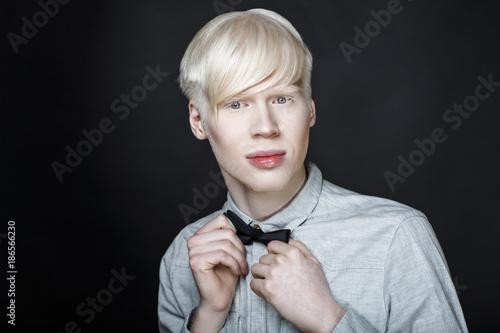 Photo  albino man white skin