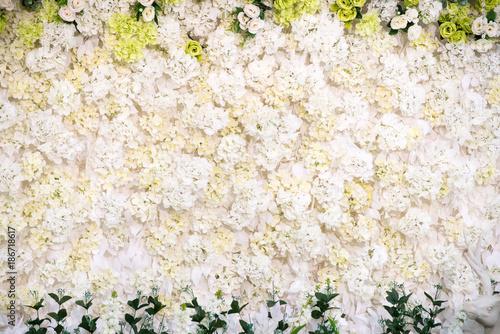 Fototapety na wymiar   biale-kwiaty