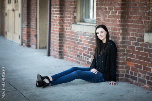 Valokuva  High School Senior- Victoria Smith