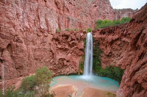 Fototapeten Wasserfalle Mooney Fall (Havasupai)
