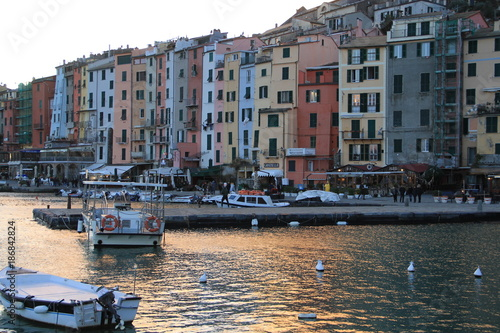 Plakat koniec zimowego dnia w Portovenere, Cinque Terre, Włochy