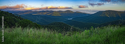 Foto auf Leinwand Gebirge Panoramic view of Shenandoah National Park, Virginia, USA
