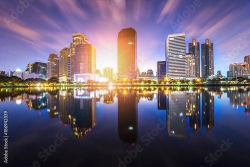 Photo  Bangkok Panorama ,Aerial view of Bangkok modern office buildings and condominium
