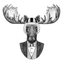 Moose, Elk Elegant Rugby Player. Old School Vintage Rugby Helmet. American Football. Vintage Style Illustration For Tattoo, Emblem, Badge, Logo, Patch, T-shirt