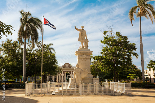 Staande foto Artistiek mon. Monument to Jose Martì in the square of the same name in Cienfuegos