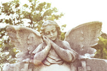 Cherub Statuette, Angel Guardi...
