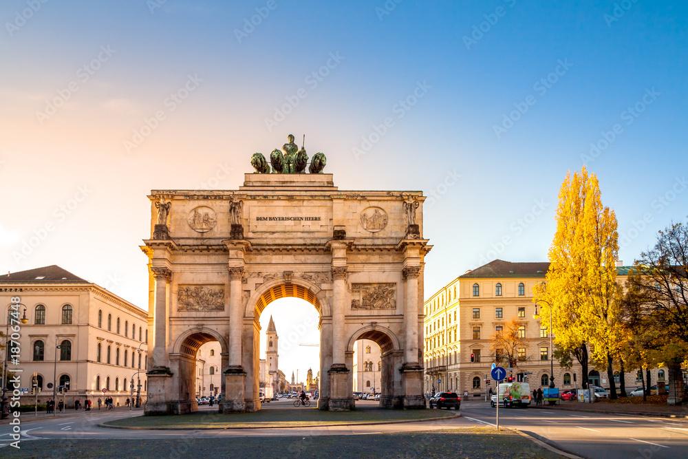Fototapety, obrazy: München, Siegestor, Triumphbogen,