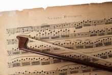 Noten Mit Violinbogen