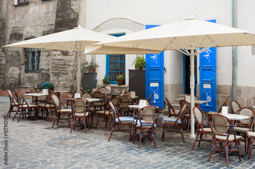 cafe-in-the-center-of-lviv