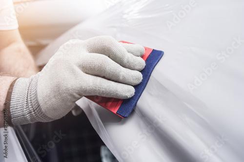Pinturas sobre lienzo  profi foliert auto mit glänzender folie car wrapping auto folierung