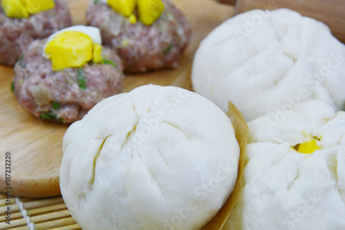 Deurstickers Klaar gerecht Homemade Steamed pork buns