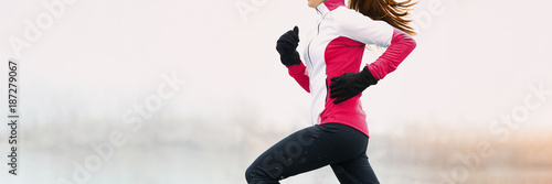 Poster Glisse hiver Winter fitness woman running in cold weather clothes wearing gloves and thermal pants, jacket jogging in white snow background landscape panorama banner.