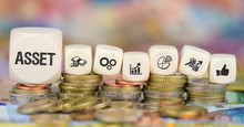 Asset / Münzenstapel Mit Symb...