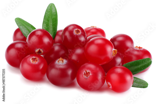 Foto op Aluminium Vruchten Cranberry with leaves isolated on white. With clipping path. Full depth of field.