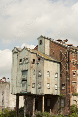 Fotografie, Obraz  Gloucester docks warehouses