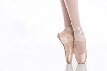Ballet Feet On Pointe